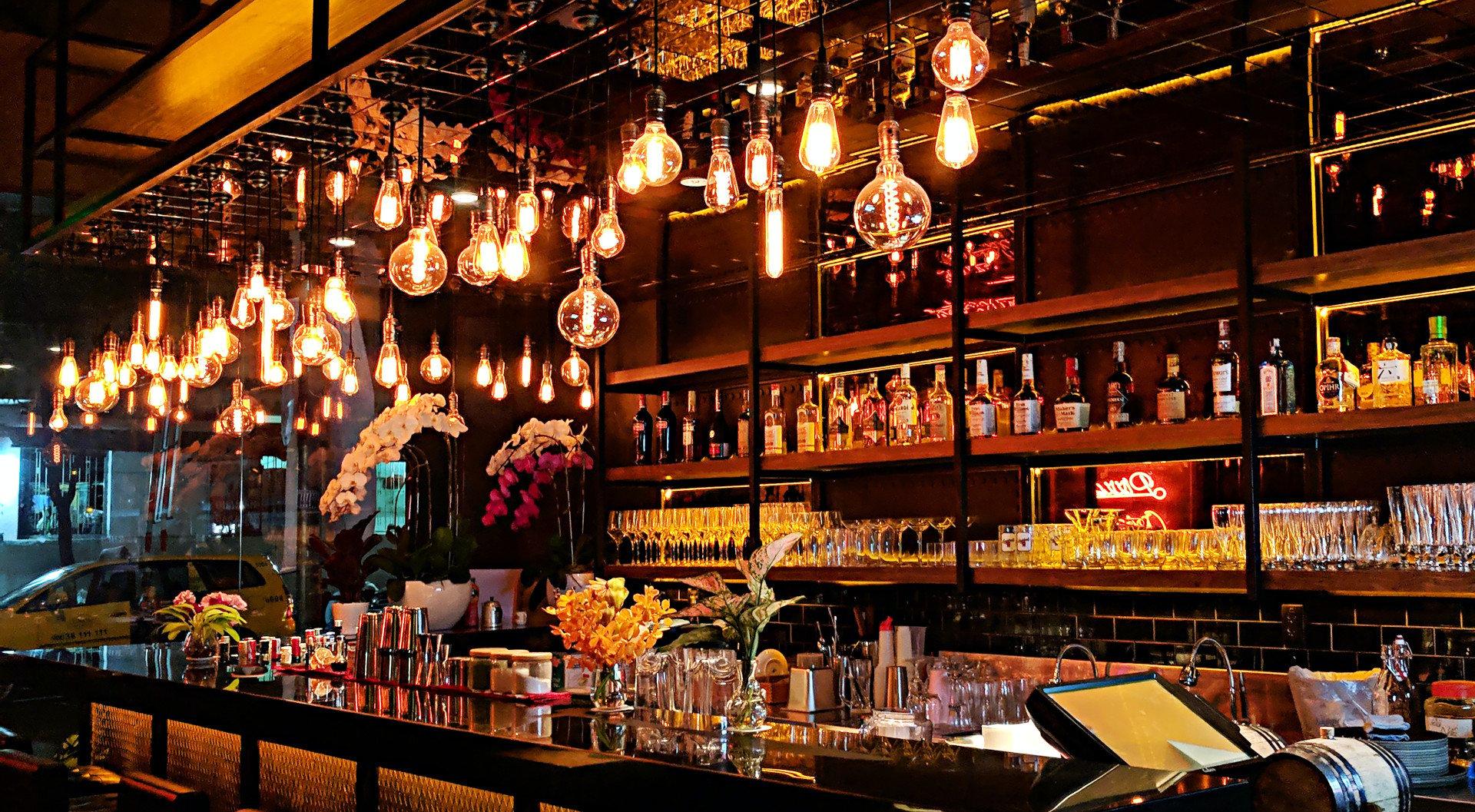 pub-interior